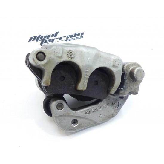Etrier de frein Avant HVA wr 1996-2006 / brake caliper