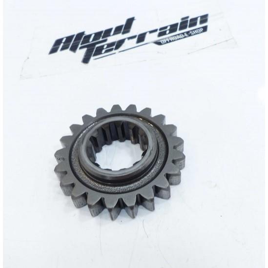 Pignon 250 yz 2004 / gear wheel