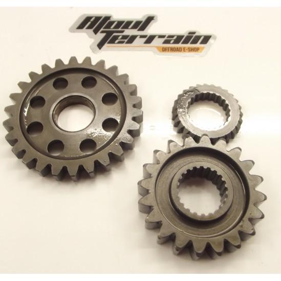 Pignons de renvoi 250 KX 00 / gear wheel