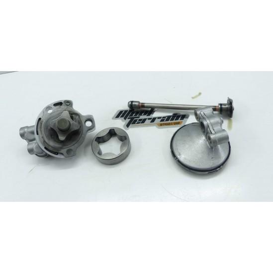 Pompe à huile 426 YZF 2002 / oil pump
