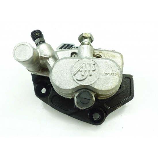 Etrier de frein av 250 pampera 00 / brake caliper