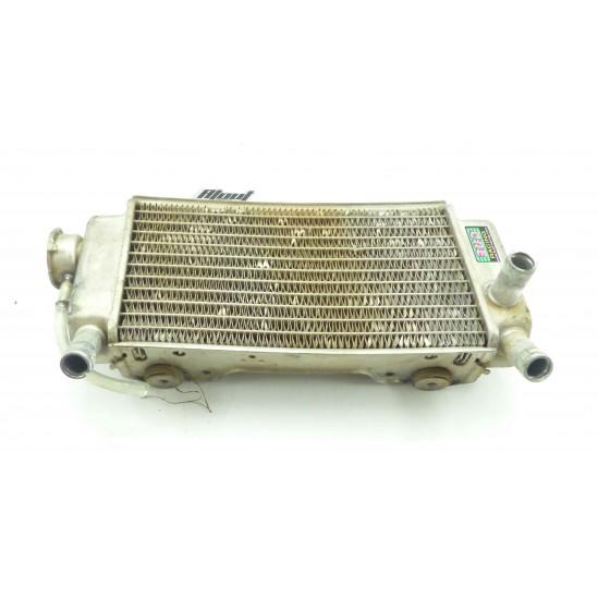 Radiateur droit 250 crf 2005