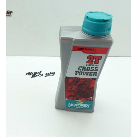 Huile de mélange 100% synthèse Cross Power 2T 1L